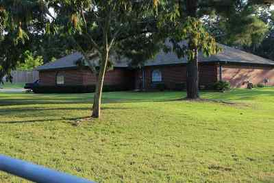 Gladewater TX Single Family Home Act, Cont. Upon Sale: $187,000