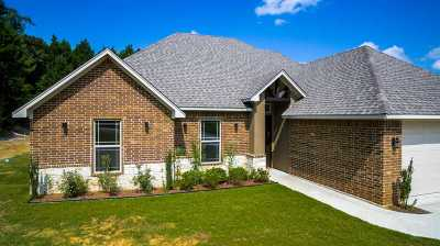 Diana Single Family Home Active, Option Period: 330 Emma Dr