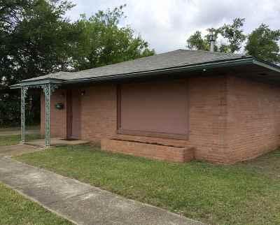 kilgore Single Family Home For Sale: 807 Houston Street