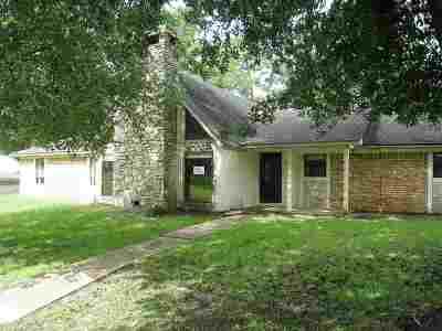 kilgore Single Family Home For Sale: 320 Tami