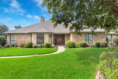 Single Family Home For Sale: 1704 Sha Ct