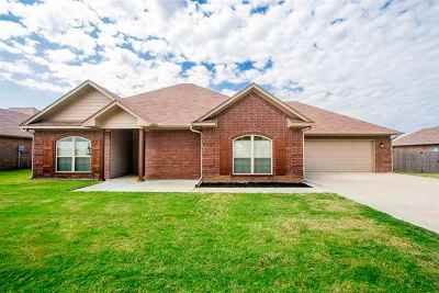 kilgore Single Family Home For Sale: 4526 Airport Road