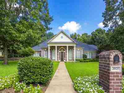 Single Family Home For Sale: 3831 Castle Ridge Drive