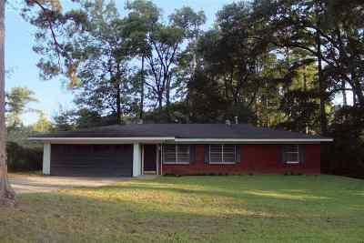 White Oak Single Family Home For Sale: 207 E Drake