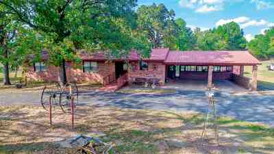 Kilgore Single Family Home For Sale: 369 Chad Loop