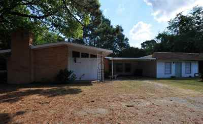 White Oak Single Family Home For Sale: 502 S White Oak