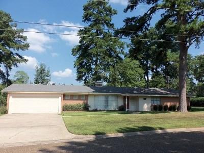 kilgore Single Family Home For Sale: 2601 Wychelm Drive
