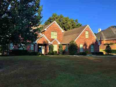 Single Family Home For Sale: 260 Fox Glove