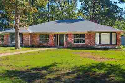 Longview TX Single Family Home For Sale: $209,900
