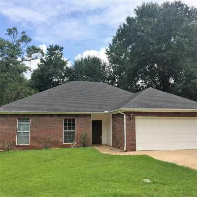 Longview Single Family Home For Sale: 817 Alta St