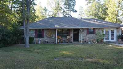 Gladewater TX Single Family Home For Sale: $115,000