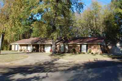 Longview TX Single Family Home For Sale: $219,500