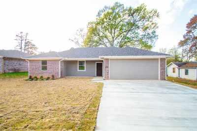 White Oak Single Family Home For Sale: 409 Trinity St