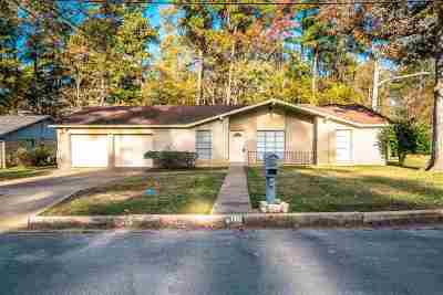Longview TX Single Family Home For Sale: $129,900