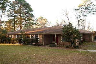 Longview TX Single Family Home For Sale: $239,900