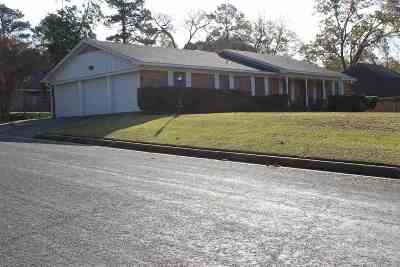 Longview TX Single Family Home For Sale: $155,000