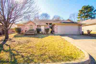 Kilgore Single Family Home Active, Cont Upon Loan Ap: 1612 Emily Lane