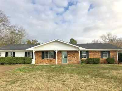Gladewater Single Family Home For Sale: 1088 Willow Oak