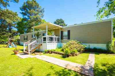 Longview TX Manufactured Home For Sale: $115,000