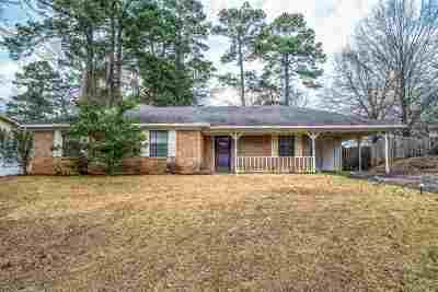 Longview TX Single Family Home For Sale: $115,000