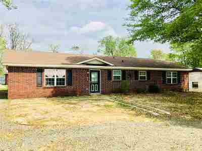 White Oak Single Family Home Active, Cont Upon Loan Ap: 907 Pear St