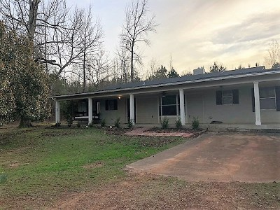 Gilmer Single Family Home Active, Option Period: 10307 Rose Trail