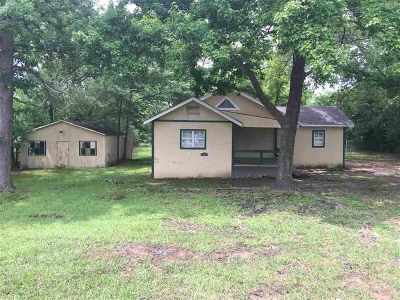 Kilgore Single Family Home For Sale: 3202 Dudley Road