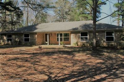 Kilgore Single Family Home Active, Cont Upon Loan Ap: 7549 E Fm 1249