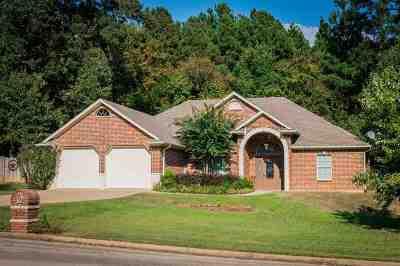 White Oak Single Family Home For Sale: 1312 Nottingham