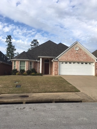 Longview Single Family Home For Sale: 1707 Valley Brook Lane