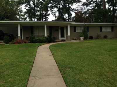 Longview TX Single Family Home For Sale: $199,900
