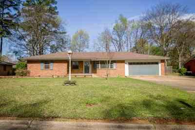 Kilgore Single Family Home For Sale: 3107 Inwood Rd.
