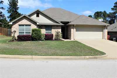 Hallsville Single Family Home For Sale: 307 Bois D' Arc