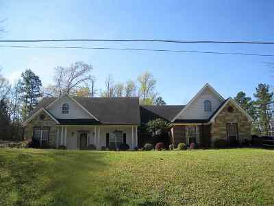 Single Family Home Active, Cont Upon Loan Ap: 3524 Thompson Road