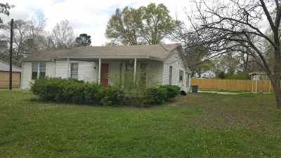 Gladewater Single Family Home For Sale: 514 S Tyler Rd