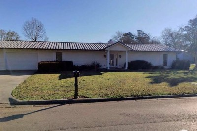 Carthage Single Family Home For Sale: 214 Parker