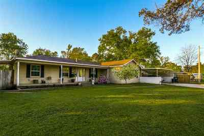 Gladewater Single Family Home For Sale: 25346 Country Club Rd