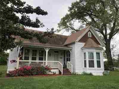 Carthage Single Family Home For Sale: 509 W Sabine