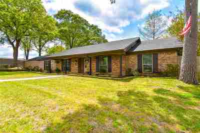 Gladewater Single Family Home Active, Option Period: 165 Wintergreen