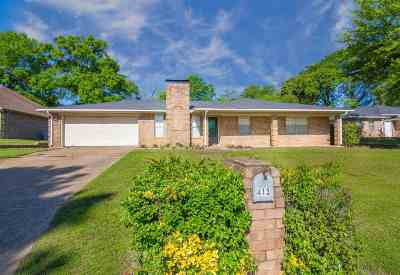 Hallsville Single Family Home Active, Option Period: 413 Ridgeway Cir