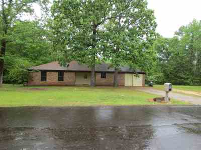 Gladewater TX Single Family Home For Sale: $115,900