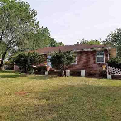 Ore City Single Family Home For Sale: 638 E Main St