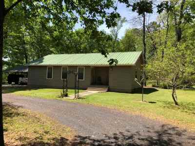 Carthage Single Family Home For Sale: 584 County Road 1081