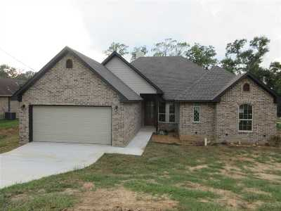 Longview TX Single Family Home For Sale: $224,999