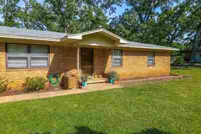 Longview TX Single Family Home For Sale: $185,000