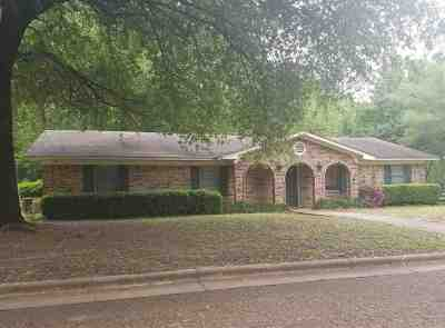Gilmer Single Family Home For Sale: 1711 Greenway St