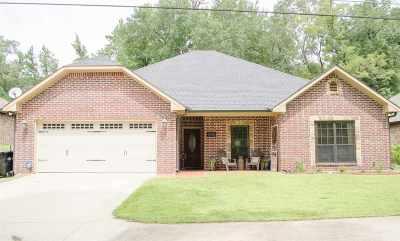 Longview TX Single Family Home For Sale: $199,500