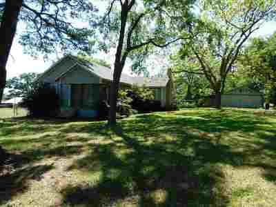 Gilmer Single Family Home For Sale: 8161 Arrowwood
