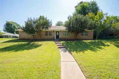 White Oak Single Family Home For Sale: 708 Tanglewood
