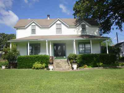 Gladewater Single Family Home Active, Option Period: 7108 Fm 1844